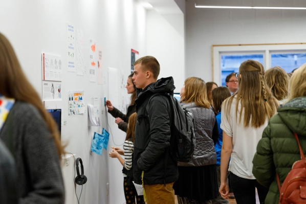 Students view exhibition